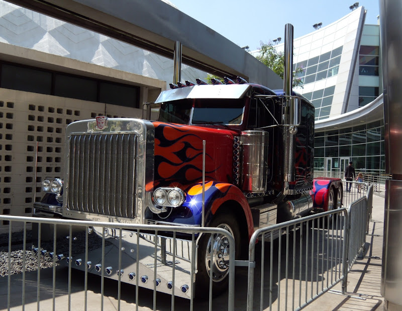 Autobot Optimus Prime truck from Transformers 2