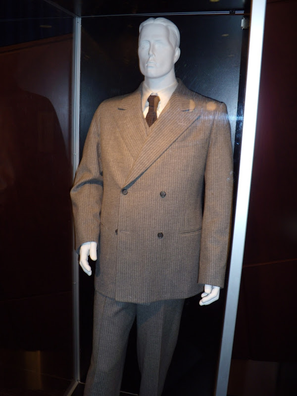 Christian Bale 1930s Public Enemies suit