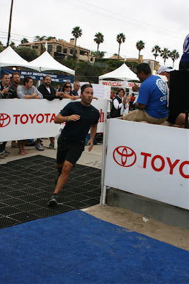Jeremy Piven finishing Malibu Triathlon