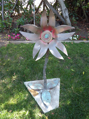 Flower sculpture by Toby Heller