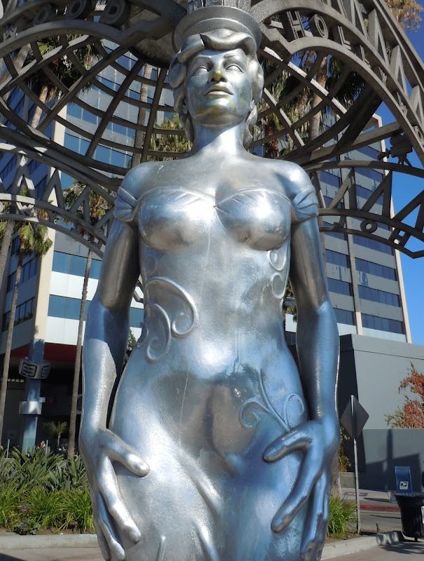 Mae West Hollywood gateway sculpture