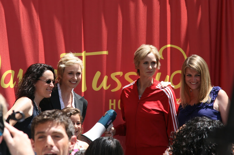 Sue Sylvester Jane Lynch with fans