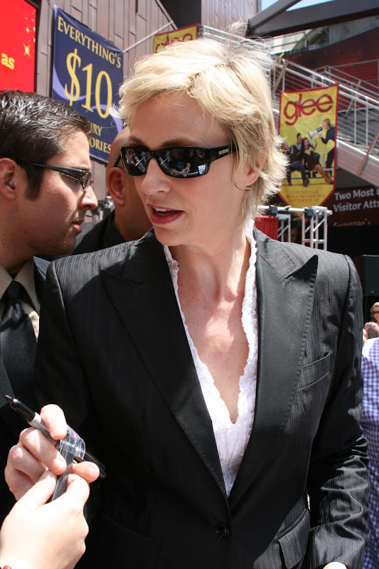 Glee's Jane Lynch