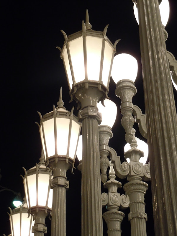 Chris Burden's Urban Light by night
