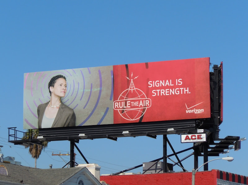 Verizon signal strength billboard
