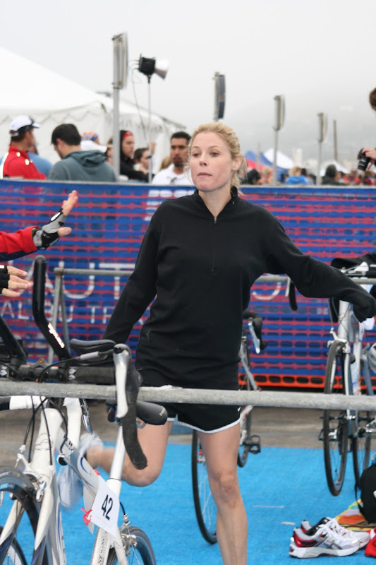 Julie Bowen Nautica Triathlon 2010