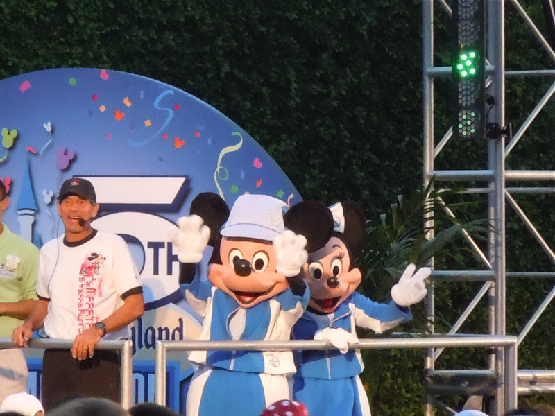 Mickey and Minnie Disneyland Half Marathon