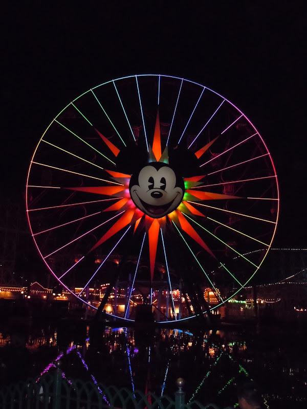 Mickey's colourful fun wheel