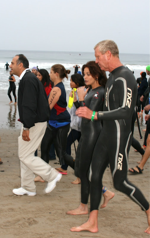 Teri Hatcher Malibu Triathlon swim 2010