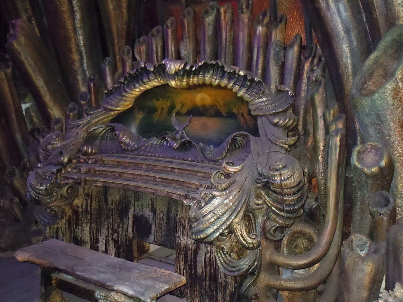 Davy Jones' Organ Pirates of the Caribbean prop