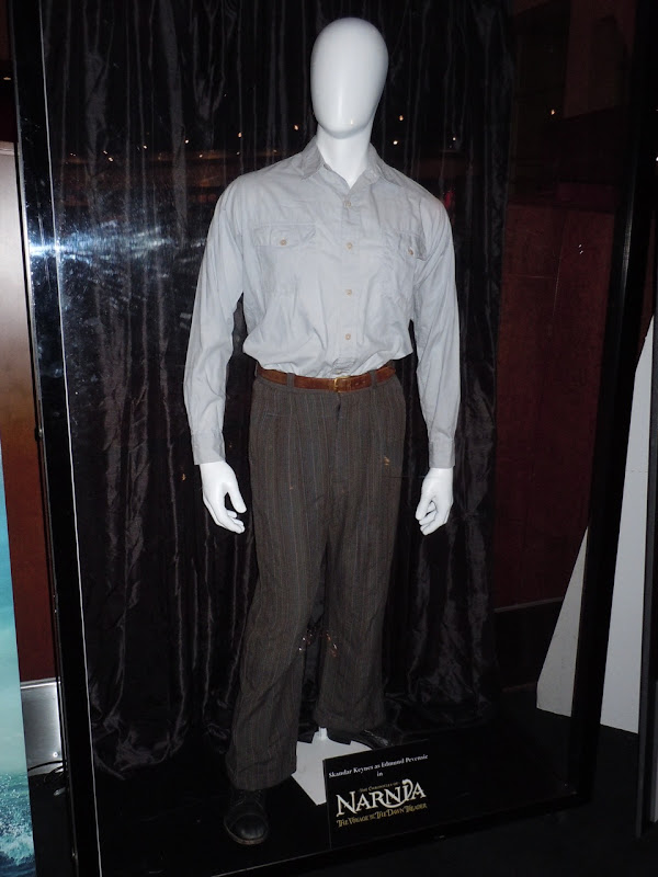 Edmund Pevensie Narnia Dawn Treader costume