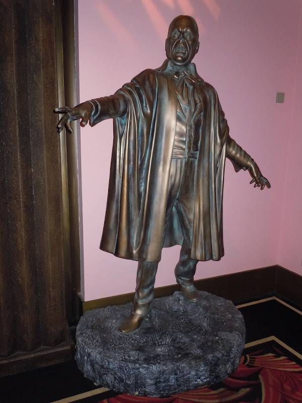 Phantom of the Opera statue