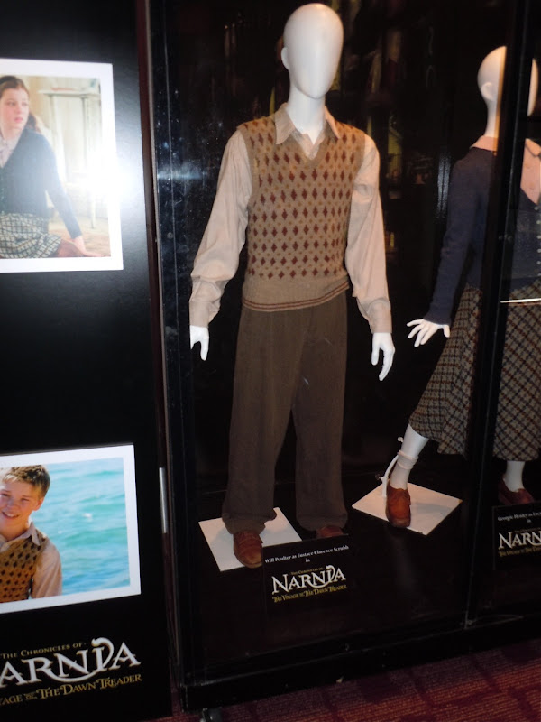 Narnia Dawn Treader Eustace movie costume