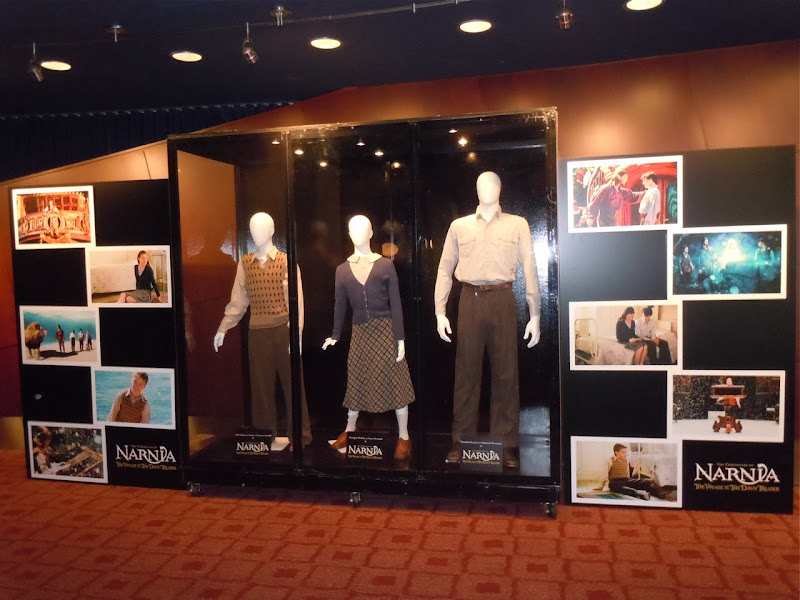 Narnia Dawn Treader movie costume exhibit