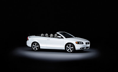 2009 Volvo Ice White C70 Coupe-Convertible
