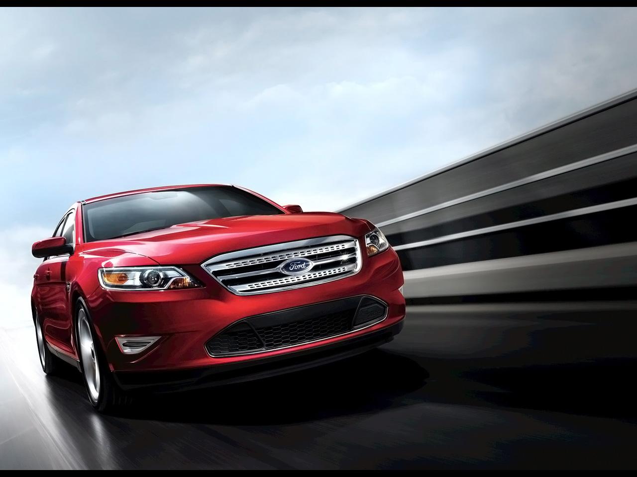 http://1.bp.blogspot.com/_GIlsuSZq_VM/TDsuQkG1QpI/AAAAAAAAjXo/kuz1wwMIbd0/s1600/2011+Ford+Taurus+SHO.jpg