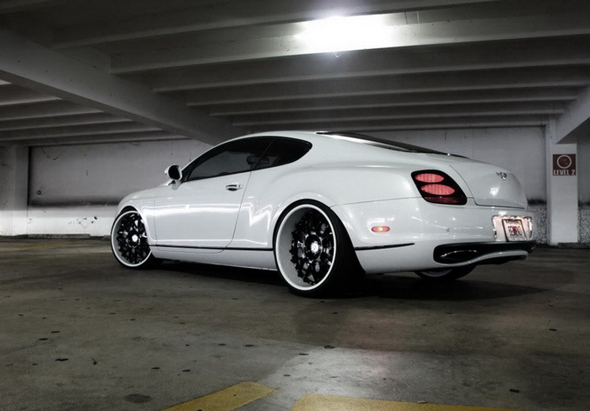 http://1.bp.blogspot.com/_GIlsuSZq_VM/TH0kb4FOm_I/AAAAAAAAlFg/uJYt5Z1eTQg/s1600/Bentley+Continental+Supersports+by+WheelsBoutique+2.jpg