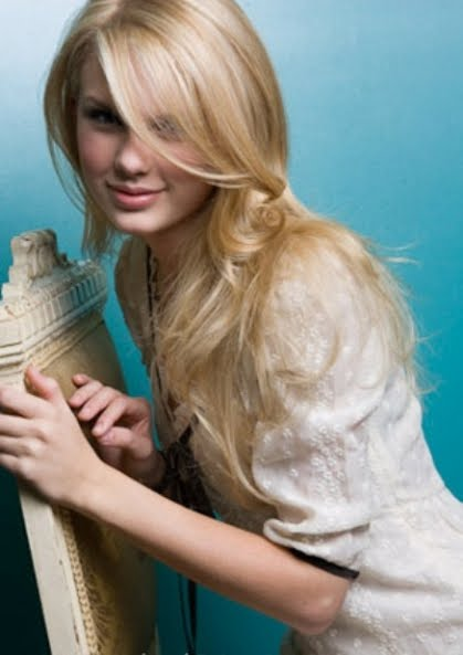 taylor swift straight hair. taylor swift straight hair