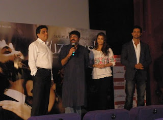 Sanjay, Aishwarya and Hrithik at first promo launch of Guzaarish on 23 Sep 2010