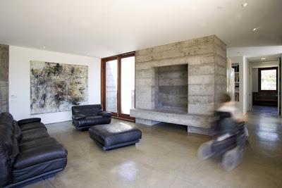 Prefabricated Concrete Home in Sonoma County