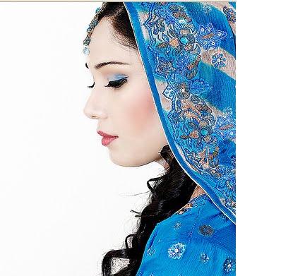 [indian-bridal-makeup-6.bmp]