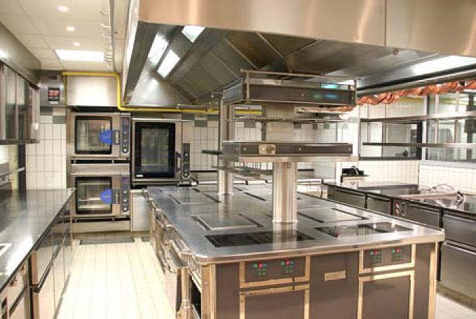Dise o de cocina profesional area de coccion for Diseno de una cocina profesional