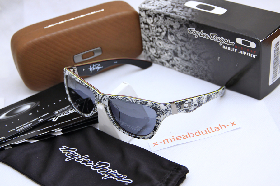 design oakley sunglasses kutx  RM 90000