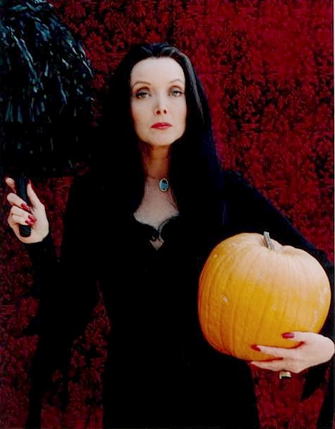 Morticia Addams (Carolyn Jones)