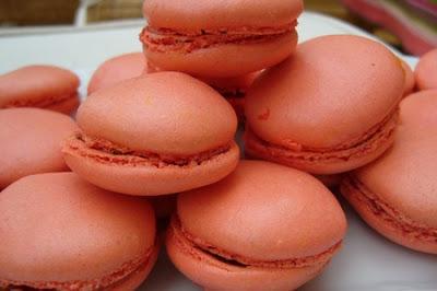 Macarons au kumquats... dans LES BONBONS,LE CHOCOLAT ET LES CONFISERIES... 000