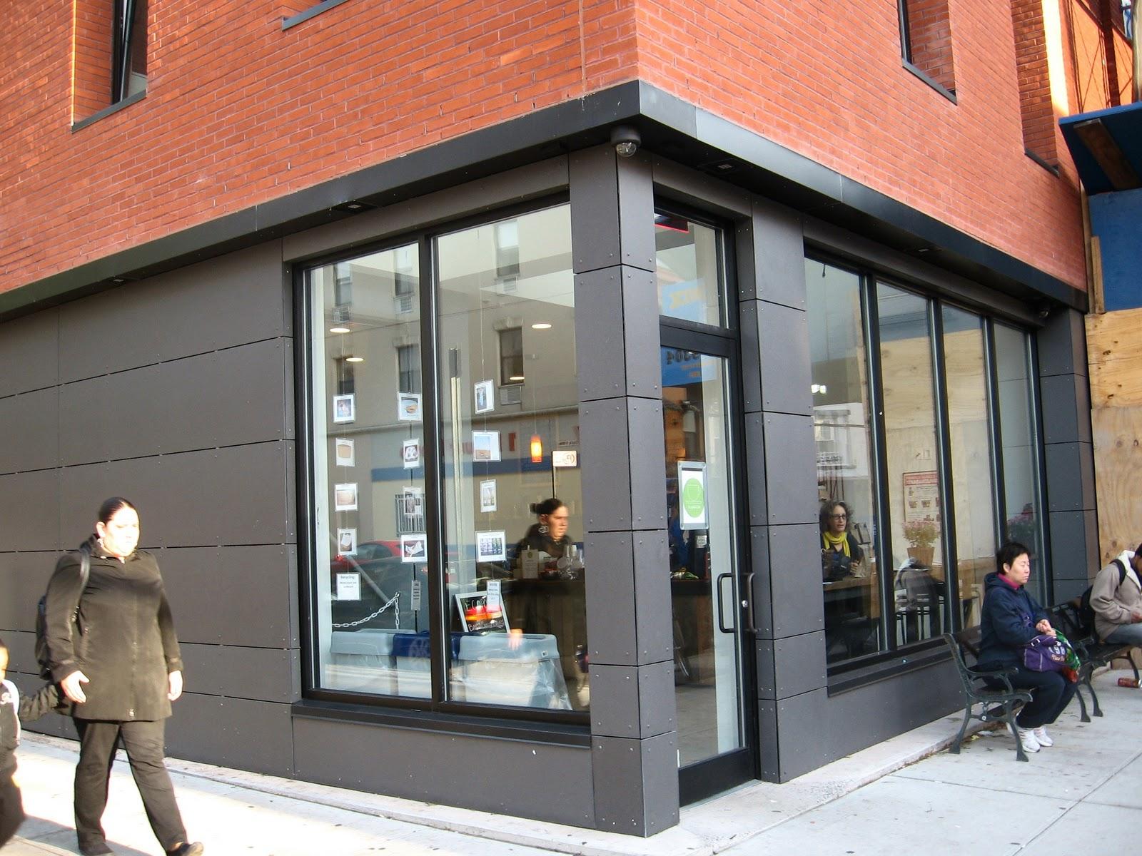http://1.bp.blogspot.com/_GTU_nOCsE-s/TL-2gge1TBI/AAAAAAAAG7s/myDM5nuU7Co/s1600/ecopolis_cafe_MKMetz.jpg
