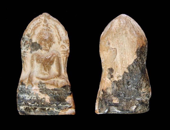 พระพุทธชินราชใบเสมาเนื้อดิน จ.พิษณุโลก