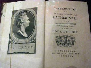 Instrucciones de Catalina II para la comision legislativa, libro d Biblioteca de Voltaire de la Biblioteca Nacional de Rusia