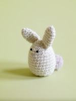 Free amigurumi bunny egg cozy crochet pattern