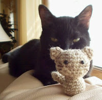 Free cat amigurumi pattern