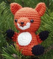 Free fox amigurumi crochet pattern