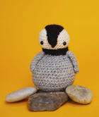 Free crochet penguin amigurumi pattern
