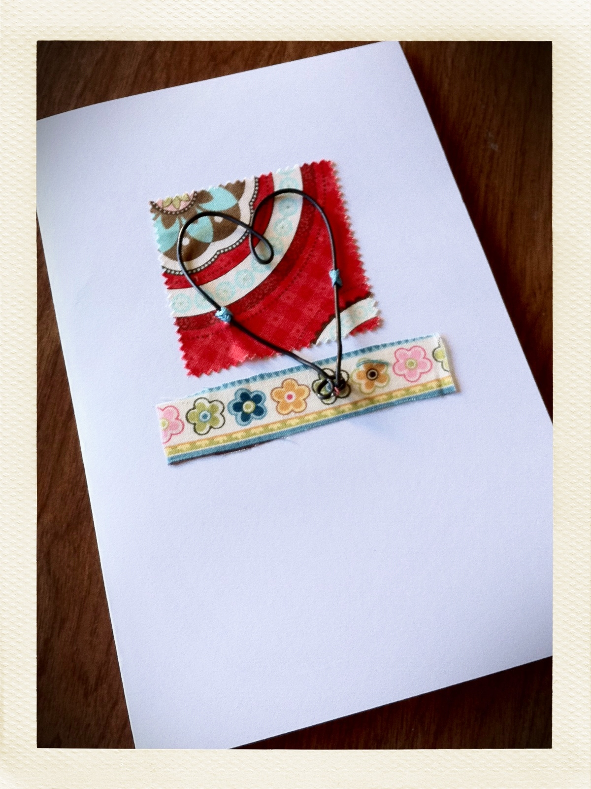 Art As Usual Saying Hello With Fabric And Wire Easy Greeting Card