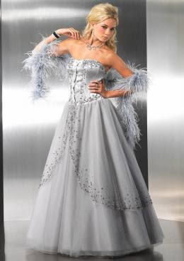 gray wedding dress that is soft and beautiful