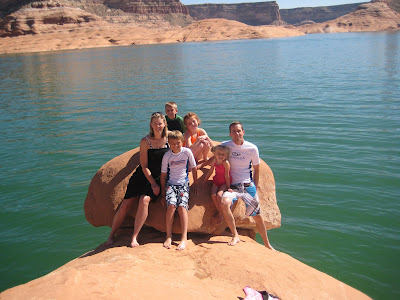 Lake Shasta Houseboat Rentals and Vacation Information for