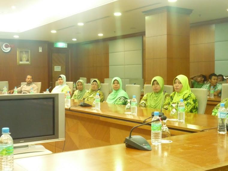 Persidangan perpustakaan Desa Pt Senah dan JKKK Pt Yaani