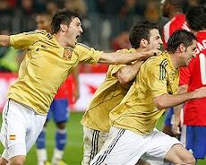 Nos Vemos en el Cafetín UNE Jueves 26 España 3-0 Vs Rusia.
