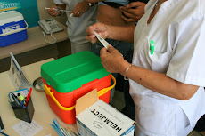 OPERATIVO de SALUD  1era y 2da Dosis Vacunación en la UNE.