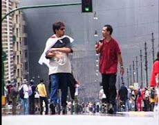 Cine foro sobre el film  ¿Globalización, violencia o dialogo? de Patrice Barrat