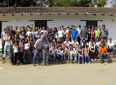 Más de 100 colaboradores del UNEPAS junto a Juan Miguel Avalos en el anfiteatro de Turgua