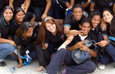 Programa de Apoyo Social UNE Entrega nuevas becas a más liceos