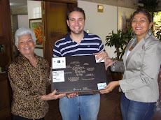 Juan Pablo Ayala se hizo acreedor al Primer premio por la Mascota UNE
