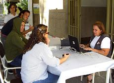 Frente al Edificio 1 de la Universidad Nueva Esparta se realiza jornada de inscripción en el CNE