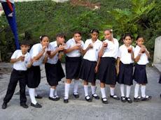 Festival Intercolegial de Gaitas a favor de Mano Amiga en la UNE