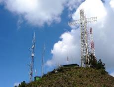 La Cruz del Ávila se encenderá este año, pero menos horas, desde las 6 de la tarde a las 12 noche