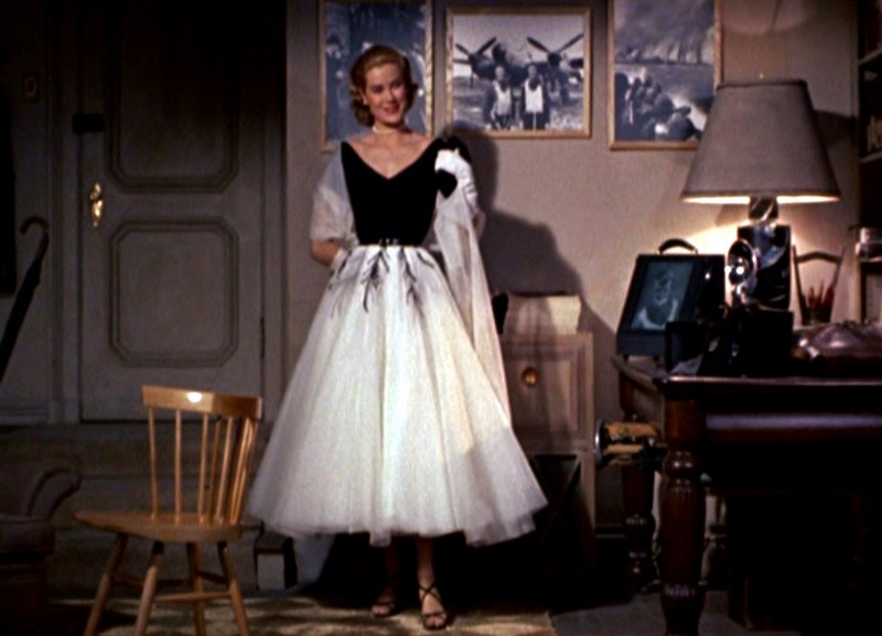 grace kelly dress rear window. We are in LOVE with Grace